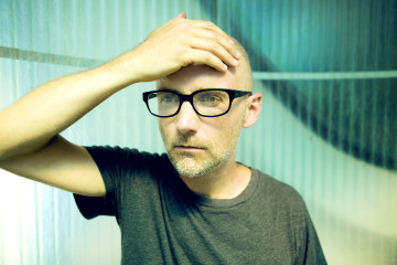 Moby Shaves Head For Charity