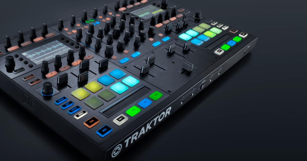 Nativ Instrument Traktor Kontrol S8 Time Travel Doc Brown
