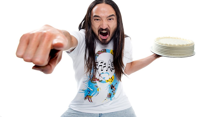 Steve Aoki Shocks EDM Community By Admitting He Is Not An Actual DJ