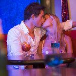 Pills Wunderground Couple Kiss Wetherspoons Nightclub Builder
