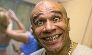 goldie sells teeth funny