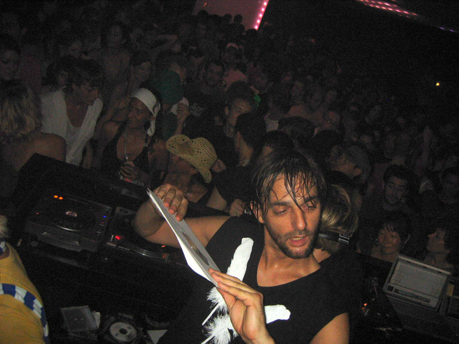 Villalobos will be on reality show taking drugs